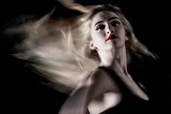 Dancing in the dark -  Andrew Fox