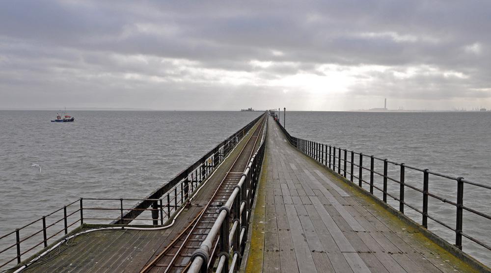 17 Southend Pier MJ